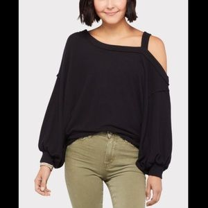 Free People Flaunt It Cold Shoulder Baloon Slv Top